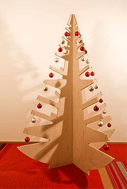 Rboles de navidad originales las terrenas live dise os de fantas a y respetuosos del - Arboles de navidad de madera ...