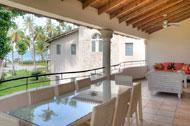 Terraza grande con vista al mar de Areito Del Mar, apartamentos en Las Terrenas, Playa Las Ballenas