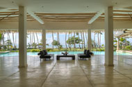 Vista de la sala principal de la Villa del Mar, frente al mar